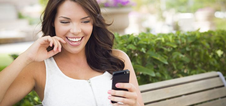 10 Sexy Texts That Will Make Him Fall In Love